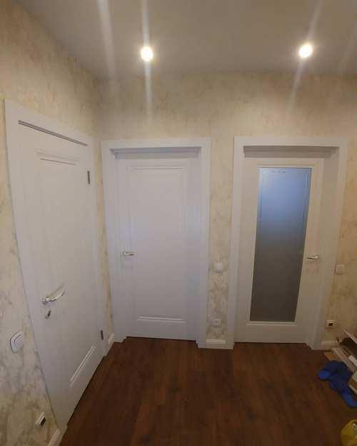Установка светодиодных светильников в коридорах квартиры