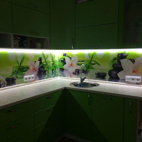 """Наша компания """"Услуги электрика Владивосток"""" осуществляет монтаж светодиодных лент на потолке"""