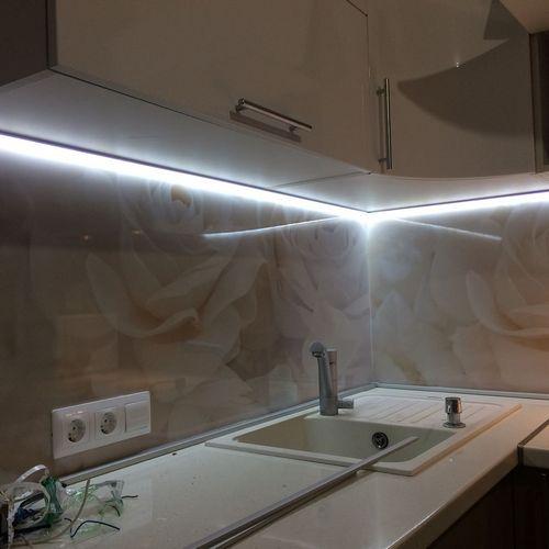 Монтаж светодиодной ленты в квартире